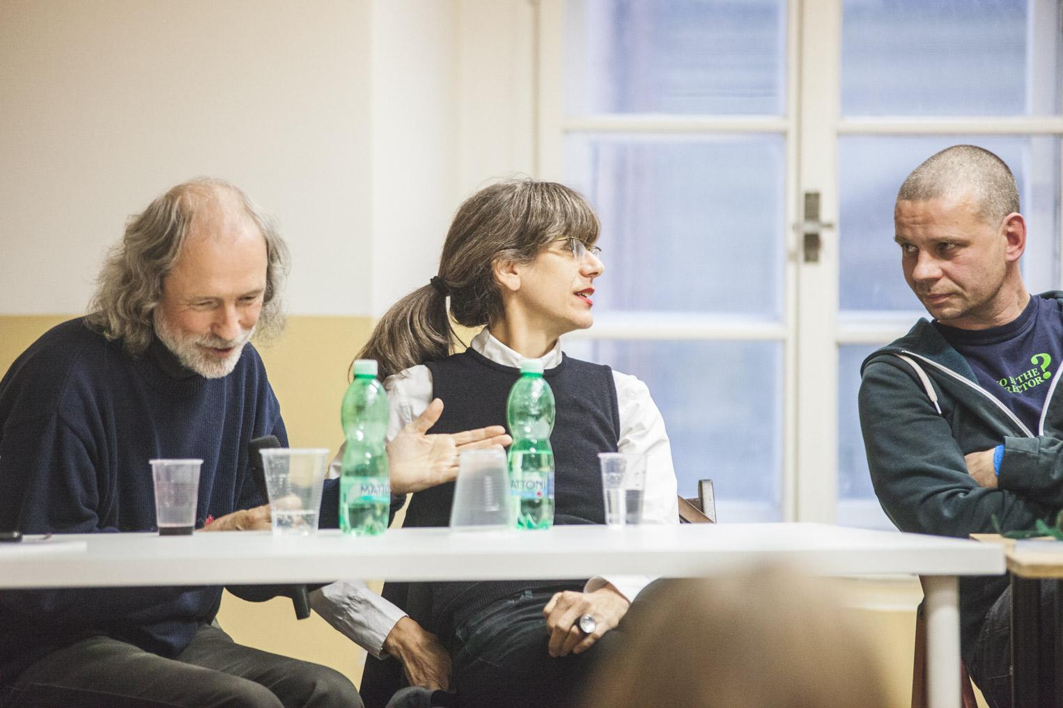 Instituce privátní galerie a spolupráce s umělci