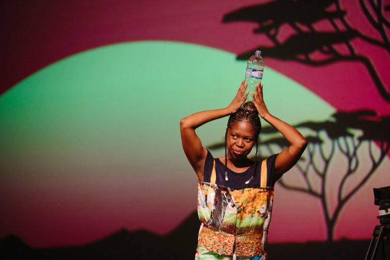 / © Ntando Cele/ Manaka Empowerment Prod / Foto Elisa Mendes